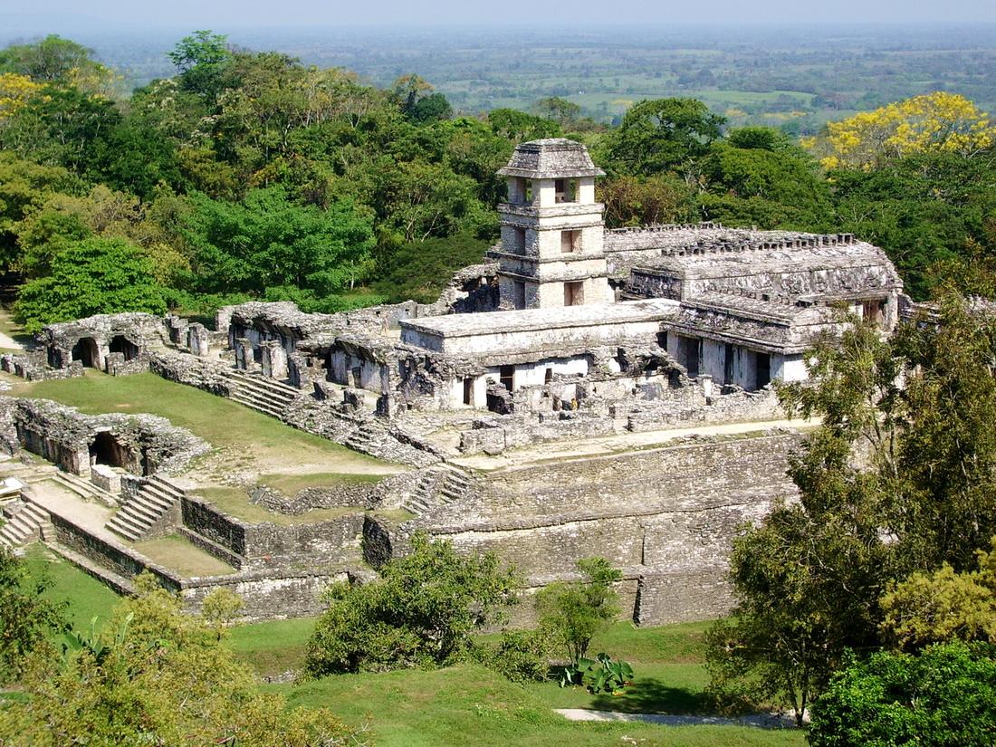 Иллюстрация на тему Город Чичен Ица, зловещее святилище племени майя